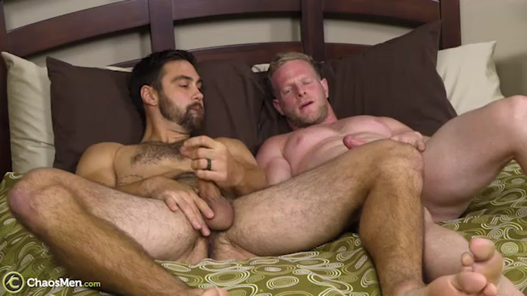 bearded daddies fucking with Michael Mission & Sebastian Long