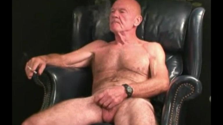 ex-marine & redneck jacks his cock