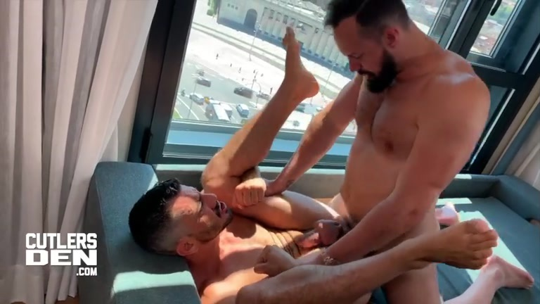 Andy Onassis fucks Joe Gillis & cums in his mouth
