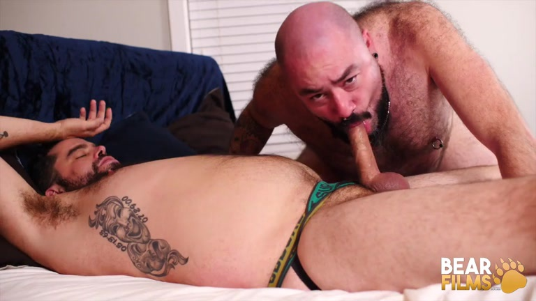 bear man sex with Tony Rivers & Bearsilien