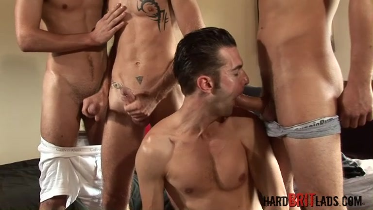 Foursome in spunk inducing gang bang
