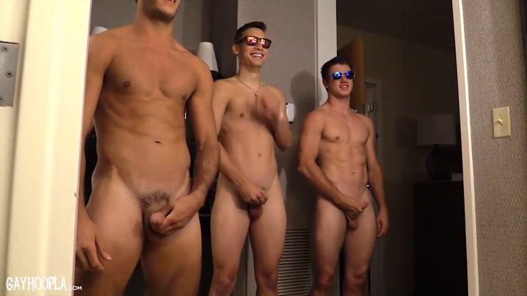 6 guys bareback gangbang - 1 1