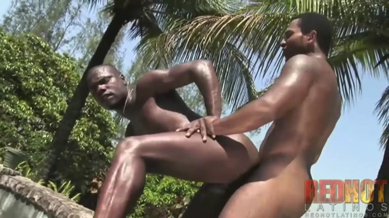 latino hunks fucking outside at lush resort