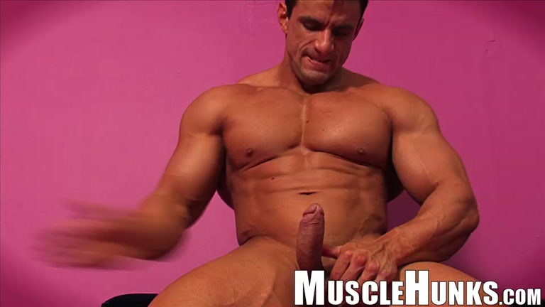 Free Gay Muscle Video 34