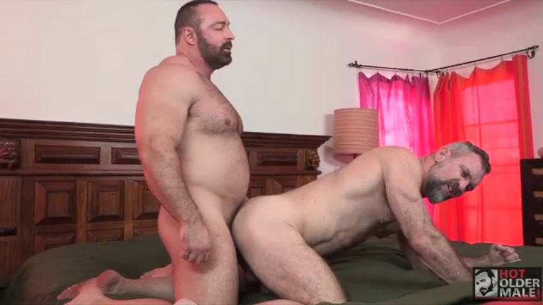 Brad Kalvo Fucks Peter Rough At Hot Older Male - Gaydemon-5113