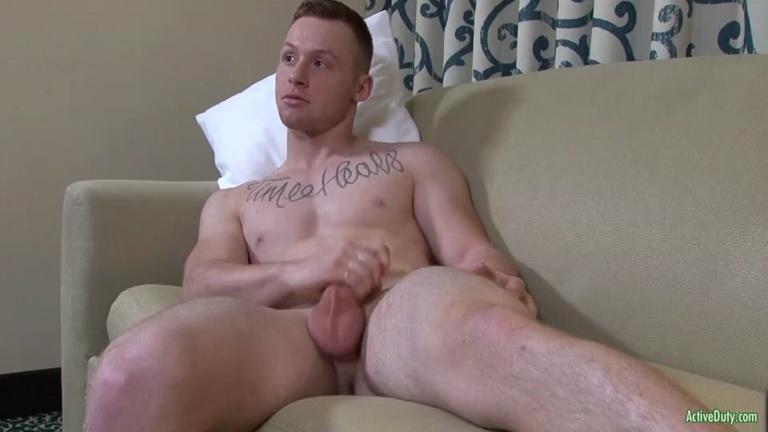 Tyler Seid masturbates at Active Duty
