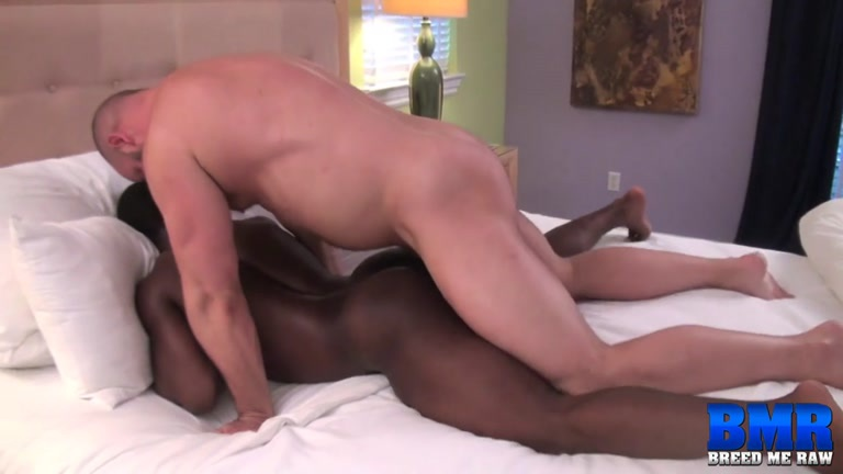 MASCULINE GAY BOTTOMING PORN