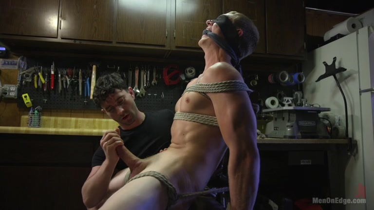 Zane Anders At Men On Edge - Gaydemon-6358