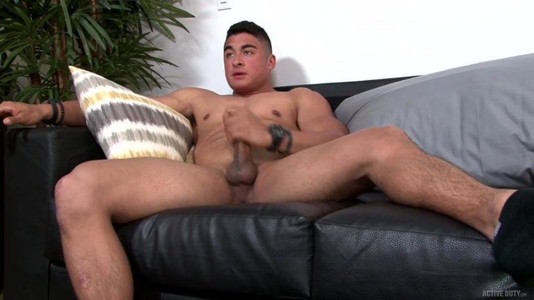 muscle stud Milo Hearst at Active Duty