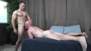 bald muscle hunk gets his ass fucked