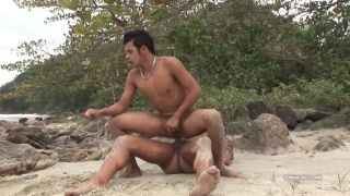 outdoor sex with Cristian and Junior at iOMACHO