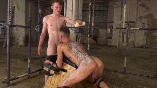 BDSM sex with Leo Ocean & Max London at Boynapped