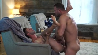 hung top Austin Wolf fucking Ian Frost at Naked Sword
