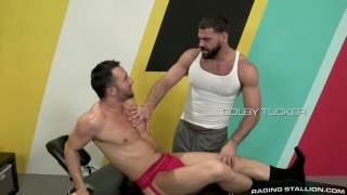hairy muscular masseur sucks his client's cock