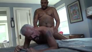 Ebony man Breeds Daddy Stew at Gloryhole Hookups