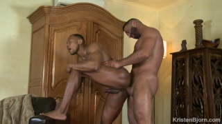 guy entices his buddy to fuck him in his first porn video