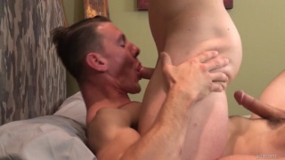 bald muscle hunk face fucks guy then rides his cock