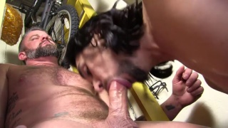 master cocksucker maxx stoner deep throats daddy's cock
