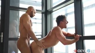 Sean Zevran fucks Carter Dane at Cocky Boys