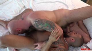 Luke Harrington fucks Travis Saint at Bareback Flixxx