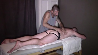 massage sex with Leo Senthy & Max Toro at French Dudes