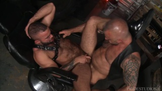 leather man Jon Galt fucking Fernando Del Rio at Men Over 30