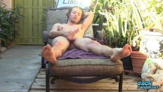Derrick Dickem' outdoor jack-off video at Zack Randall