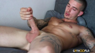 Video naked gay
