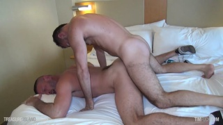 guy gets his cummy fuck hole filled a second time