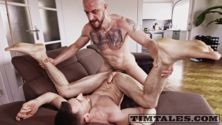 inked spaniard fucks a british bottom
