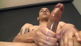 JAKE FARREN strokes his 8 inches at TIM Jack