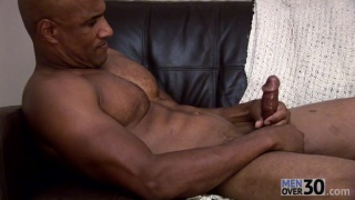 Sexy Bald Muscle Hunk Beating Off