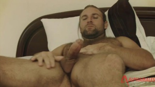 Hairy stud Tom Wolfe hard
