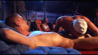 kai cruz in live sex show