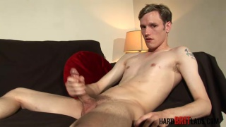 Hung gymnast Danny Chase