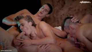 dirty euro boys in threeway