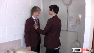 dirty school boys fucking in toilet