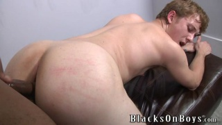 blond bottom gets his big ass fucked