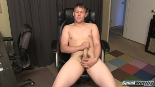 sean pumps out a quickie