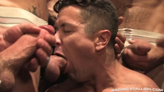 Trenton Ducati feeds on 6 big cocks