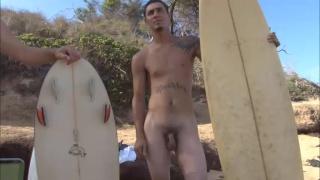 2 Naked Surfer Boys