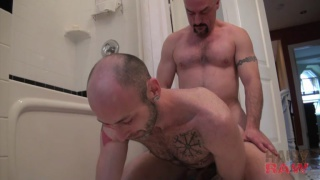 Sean Bonar takes daddy Troy's bare cock