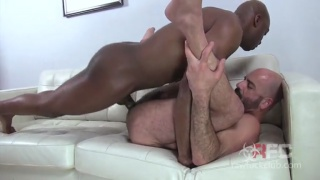 bearded daddy fucked by hung black stud