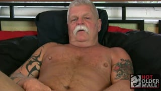 Daddy Ric at hot older male