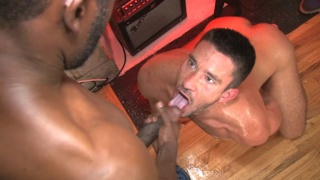 Owen Powers Bukkake Gangbang at TIM Suck