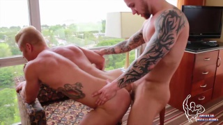 Damien Michaels & Johnny V at american muscle hunks