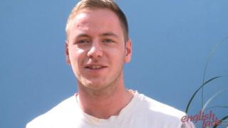 Straight Muscular Hunk Max at english lads