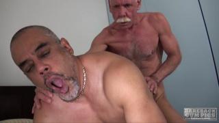 Scott Reynolds and Tancredo Buff at bareback cum pigs