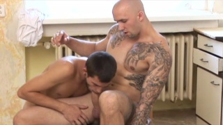 Inked Muscle Hunk Gets Worshipped at raw fuck