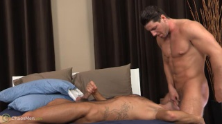 Oliver King & Sean Peyton serviced at chaos men
